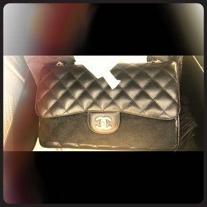 🤩Brand New in the Box Jumbo Chanel Bag🤩